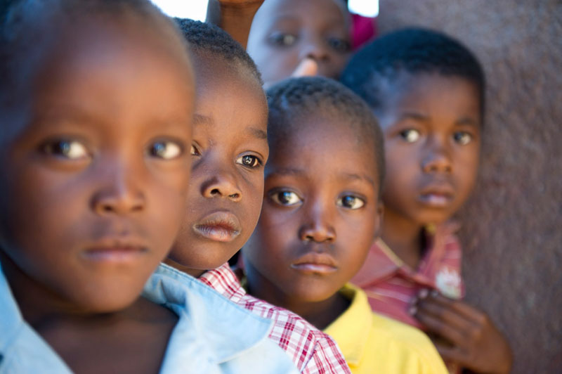 african-boys-mozambique-child-photography-tips