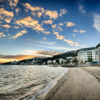 Landscape photo of sunrise over Oriental Bay, Wellington, New Zealand