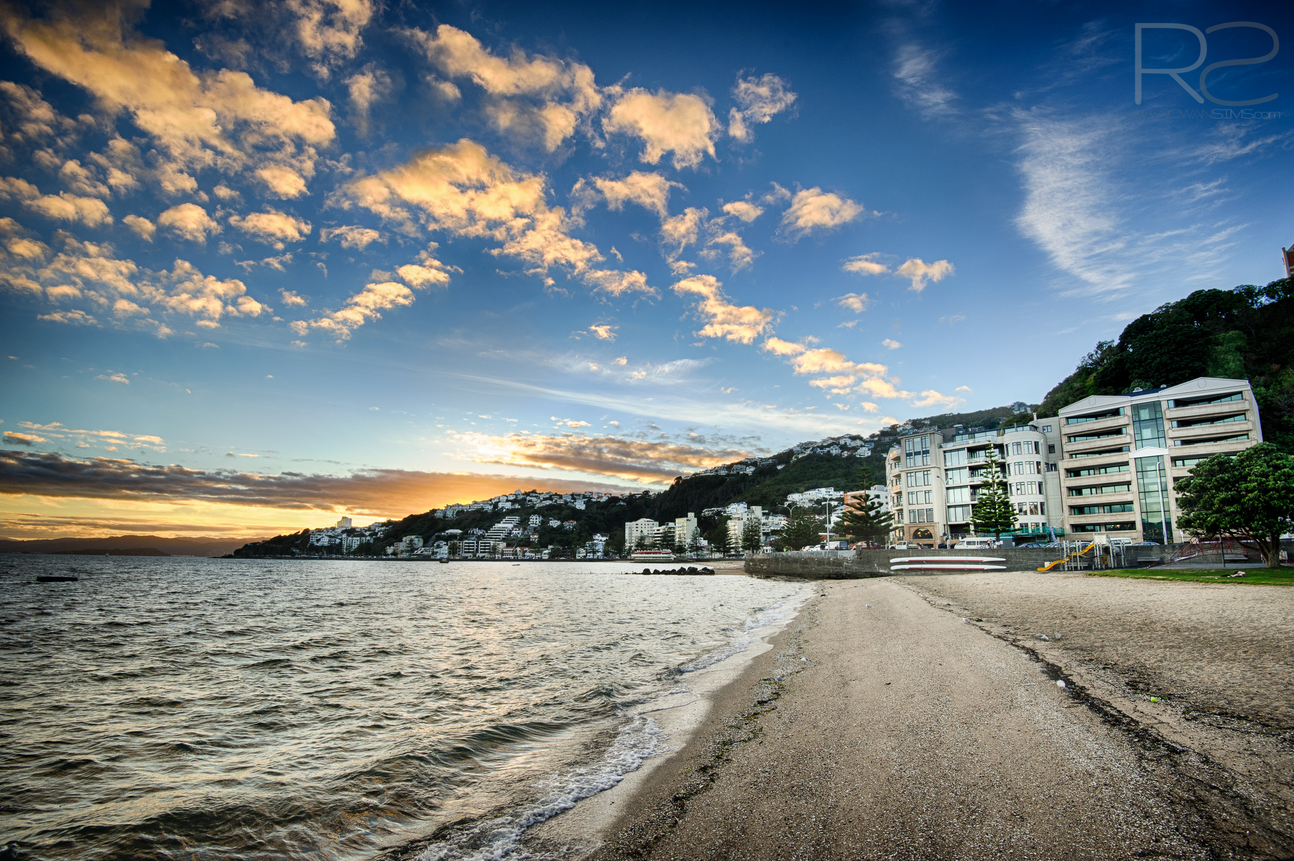 Desktop Wallpaper May 2014 Landscape Photo Sunrise Oriental Bay Wellington New Zealand