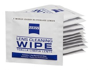 zeiss-lens-cleaning-wipes-travel-photography-accessories