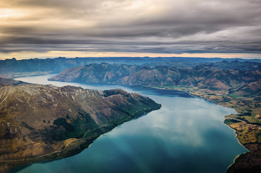 Lake Wakatipu Queenstown New Zealand Lake Photography Tips
